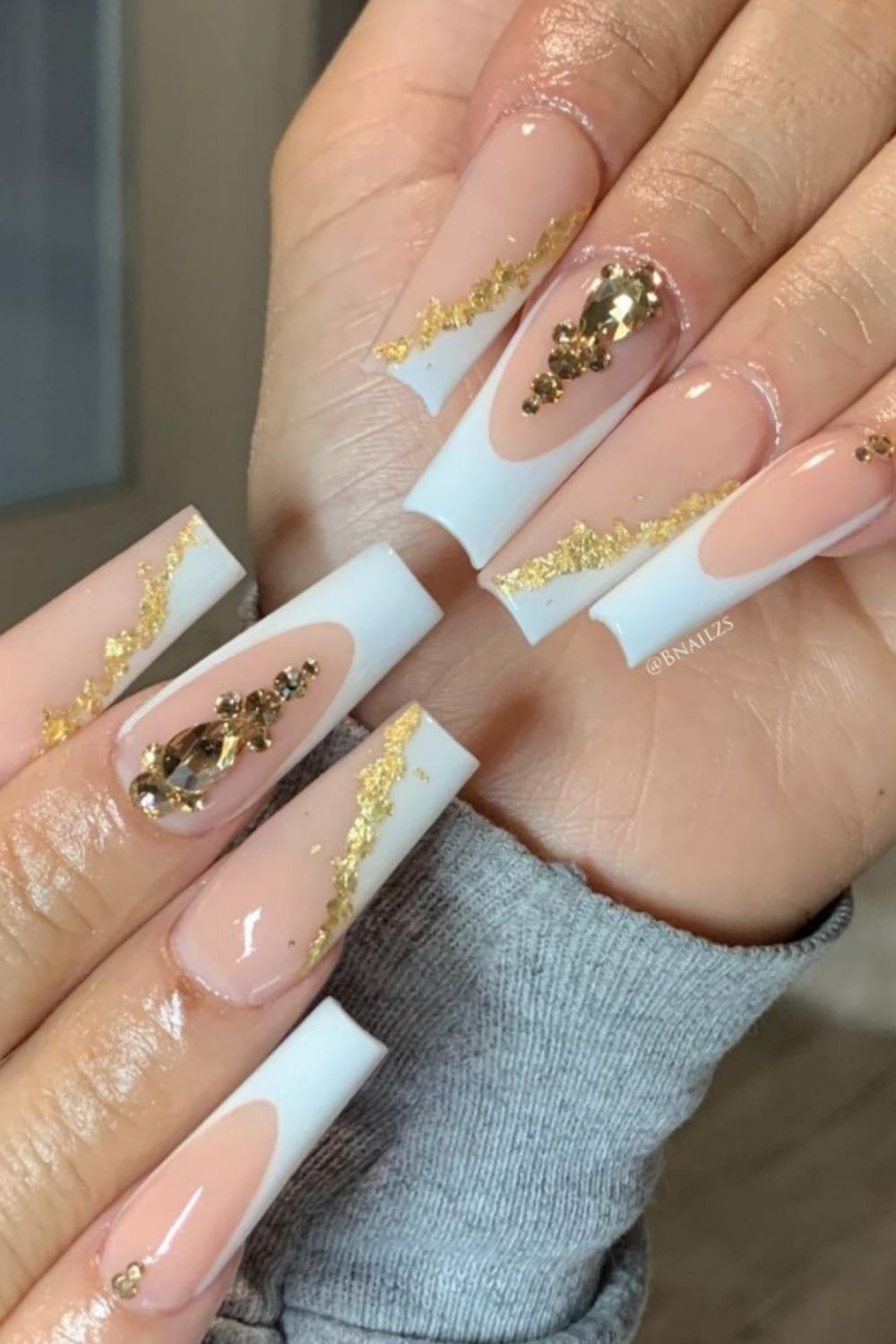 White Nails: 40 Elegant Nail Designs To Try In Summer!