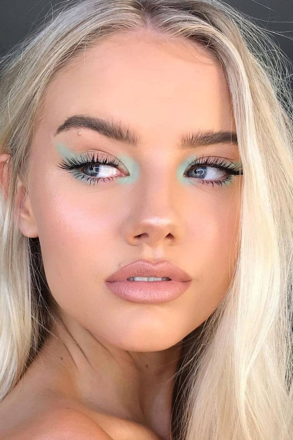35 Glam Prom Makeup looks Ideas Perfect For Homecoming party