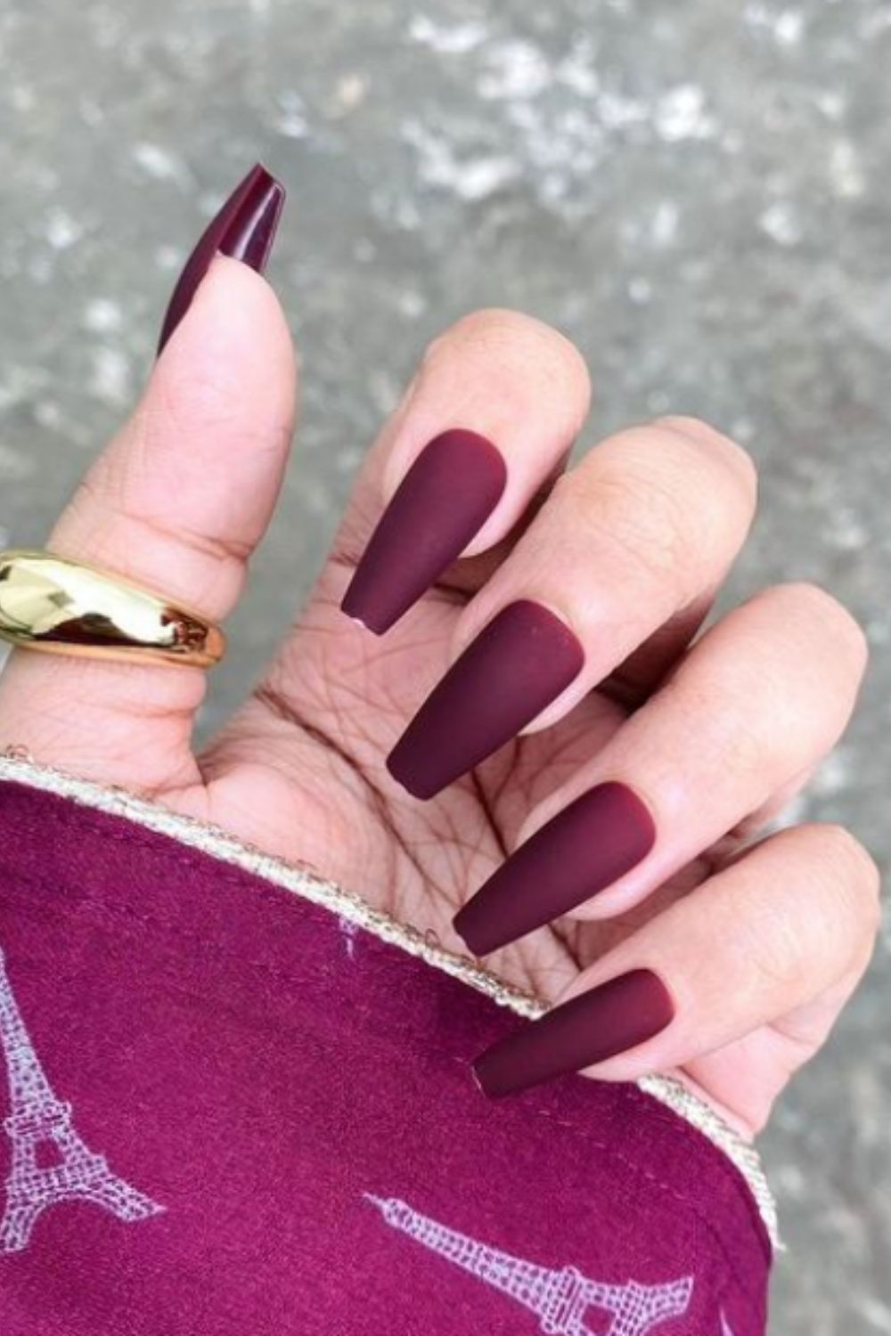 What is your favorite fall matte coffin nails?